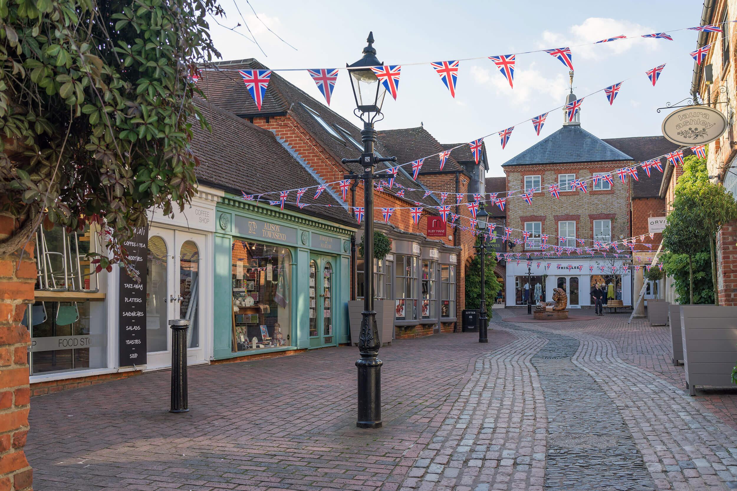 Farnham town centre image