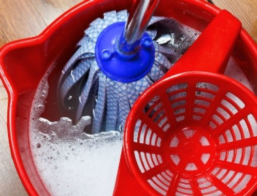 What Water Cleans Better: Hot or Cold?
